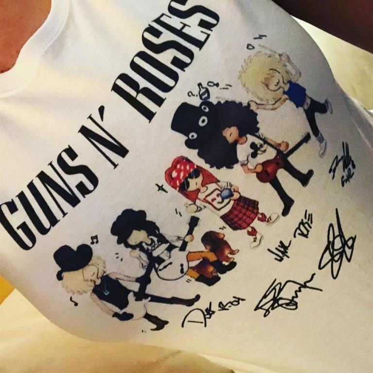 Cartoonish Gun N Rose Signatures Shirts Full Size Up To 5xl photo review