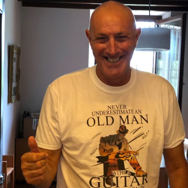 Never Underestimate An Old Man With A Guitar Born In August Shirts Size Up To 5xl photo review